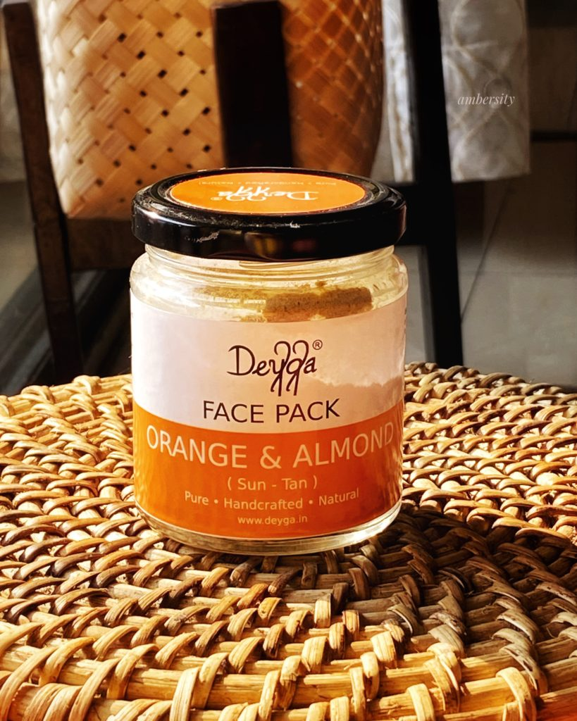 Deyga Orange and Almond Face MaskDeyga Orange and Almond Face Mask